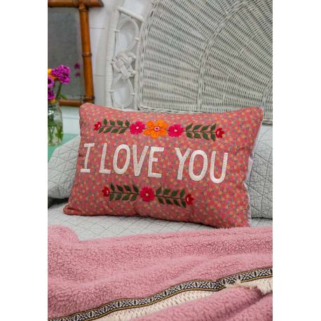 Embroidered Throw Plw I Love You