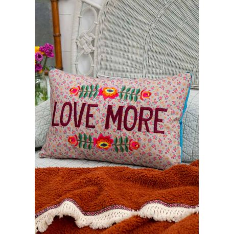 Embroidered Throw Plw Love More